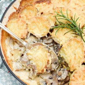 Gratin de pommes de terre aux champignons [végétarien] © Le Flexitarien- Annabelle Randles